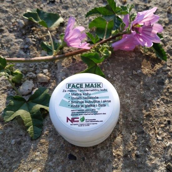 Face maska za masnu kožu sa zelenom glinom i cink oksidom