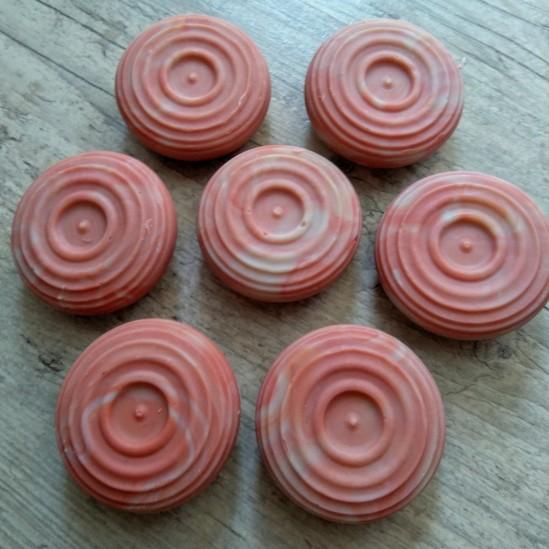 Zelena glina sapun za masnu kožu sklonu aknama i bubuljicama crveni manji okrugli